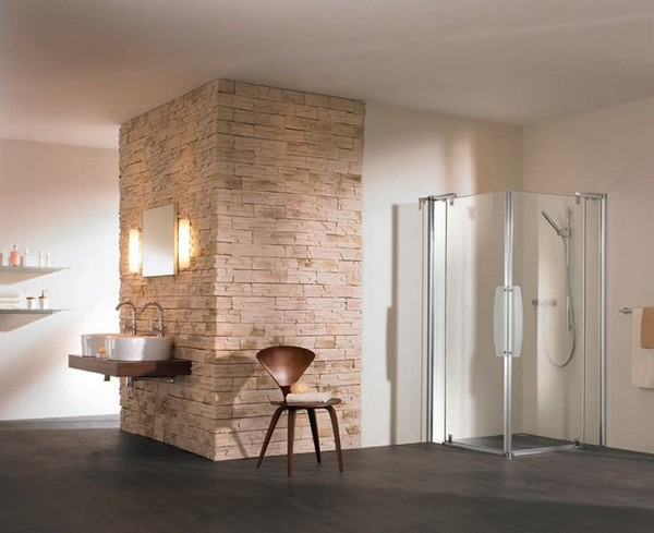 комната с душем без поддона смотрится органично