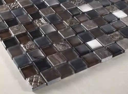 применение мозаичного пано на кухне в качестве украшения
