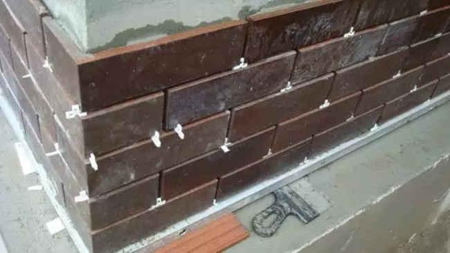 облицовка фасада клинкерной плиткой с применением изделий для углов