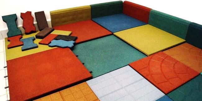 разноцветная резиновая плитка