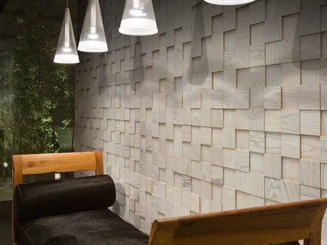 Пример украшения стены деревянной мозаикой