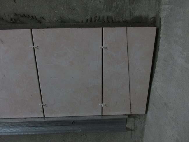 расстояние между плитками можно изменить с помощью специальных крестиков разной толщины