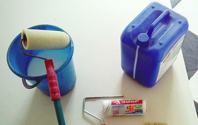 инструменты позволяющие провести грунтование поверхности быстро и комфортно