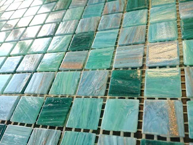 плитку мозаику не отличить от оригинальной мозаики