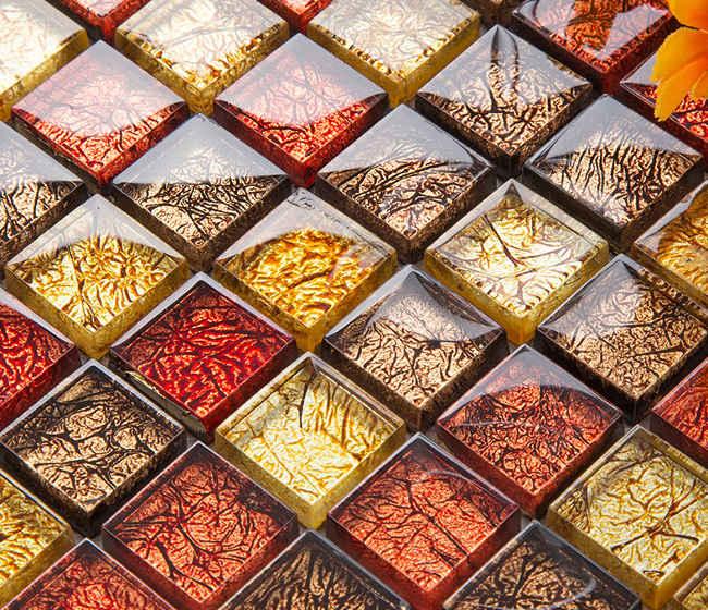 разноцветная стеклянная плитка