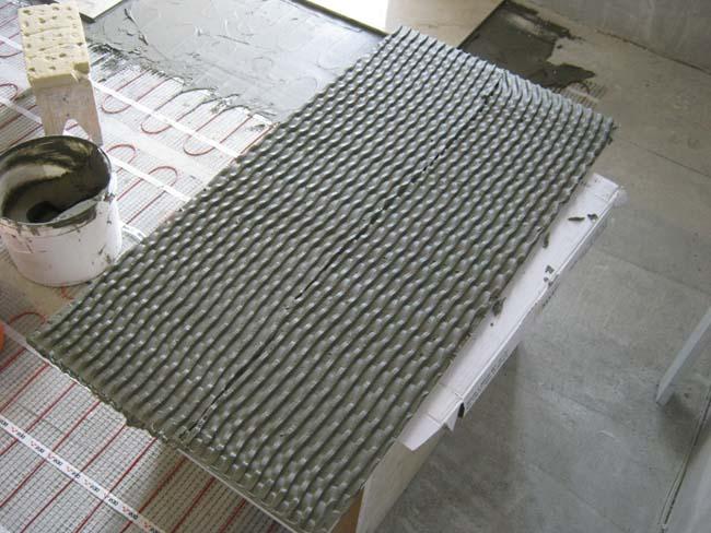 плитка  клеем на теплый пол