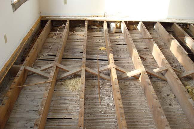 проверим лаги на которых лежало деревянное покрытие