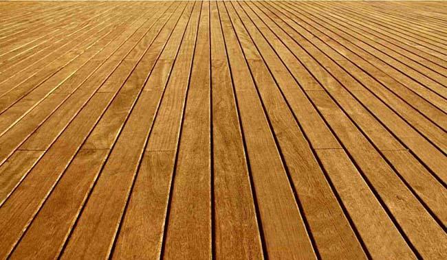 прежде чем класть плитку, деревянный пол необходимо правильно подготовить