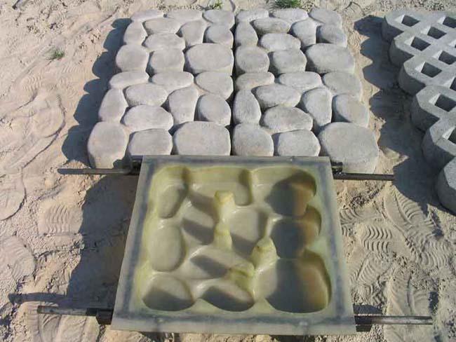 дорожка в виде натуральных камней из силиконовой формы
