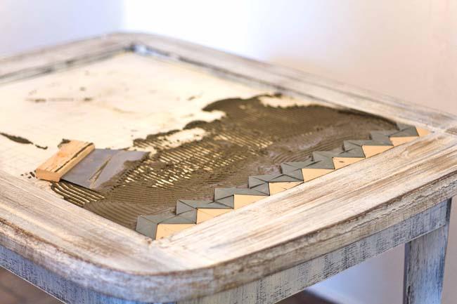 подготовка стола к мозаичной кладке
