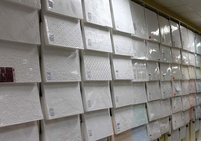 пенополистирольные плитки в магазине