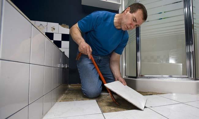 демонтаж половой плитки с сохранением самой плитки
