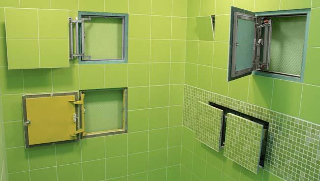различные виды и формы люков для установки в туалете