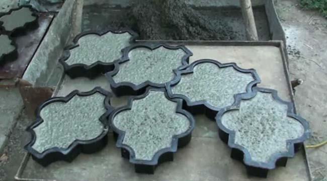 тротуарная плитка в формочках для заливки