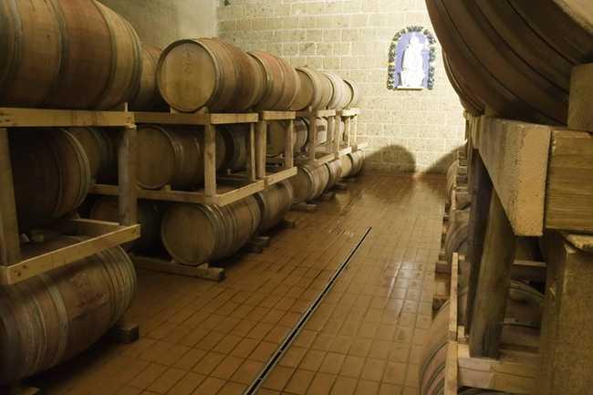 применение кислотоупорной плитки в погребах винных хранилищ